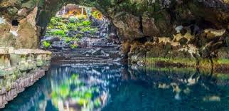 Explore Timanfaya Park Lanzarote - Best Excursions to Jameos del Agua - Best Tours To Jameos del Agua - Volcanic Landscape with Geysery & Eatery